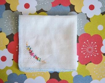 1930s Sweet Vintage Embroidered Hanky Hankie Handkerchief
