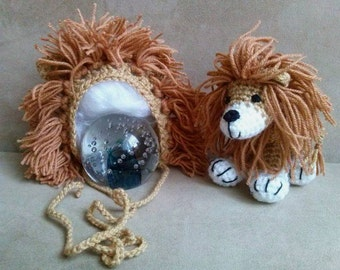 Set lion. Newborn photo props. Crochet bonnet and little lion.