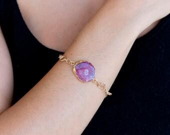 Cerise Pink Quartz Slice Crystal Bracelet on Round Gold link chain/Quartz Slice Bracelet/Pink Quartz Slice Bracelet