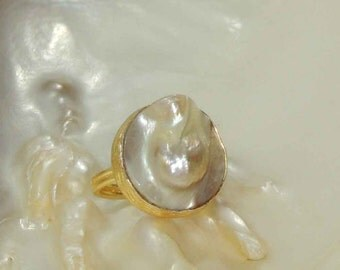 Natural Mother Of Pearl 22K Gold Plated Brass Turkish Adjustable Ring