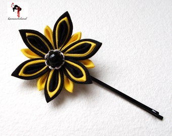 Japanese flower tsumami kanzashi, black and yellow.