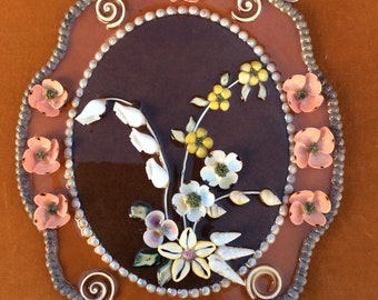 Vintage seashell wall hanging great condition