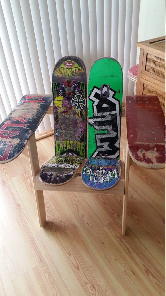 Skateboard chair from recycled girl creature real element for Skateboard chair plans