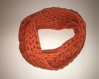 1970's infinity scarf rust orange knitted circle