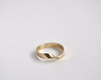Mobius Strip Ring - Brass