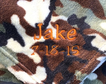 "PERSONALIZED with NAME & DATE Camo Fleece 30""x40"" Blanket"