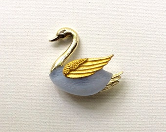 Beautiful Retro Baby Blue and Goldtone Swan Brooch