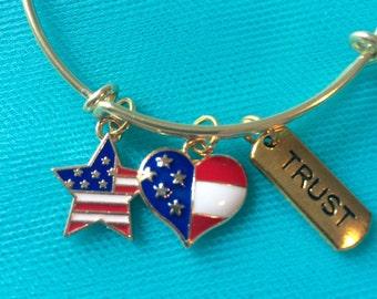 Heart bracelet; usa bracelet; flag bracelet; star bracelet; flag charm bracelet; USA bracelet; USA