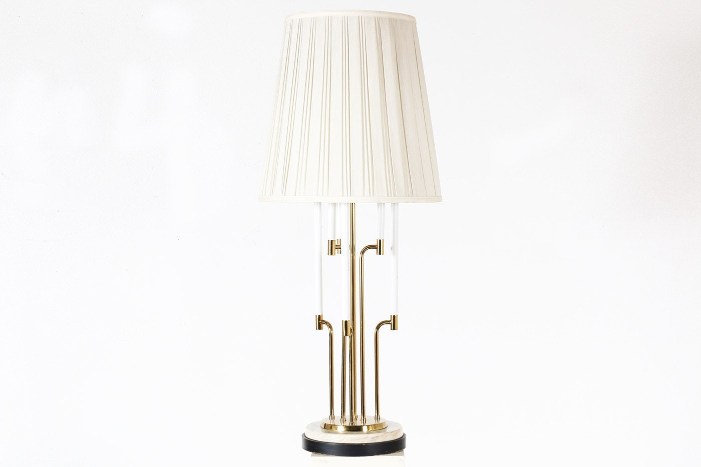 vintage brass table lamp w marble base by vintagesupplyla. Black Bedroom Furniture Sets. Home Design Ideas