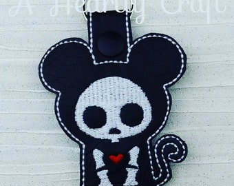 Mouse Skelli Skeleton Key Ring Fob Halloween Party Favor Skellie Bones Steampunk Boney