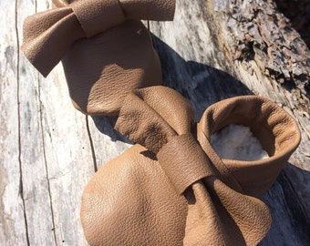 Leather bow baby shoes, leather baby shoes, up cycled leather, baby booties