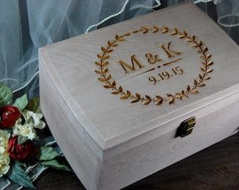 ALTERNATIVE WEDDING GUEST book, wedding box, rustic wedding box, keepsake box, wedding decor, wedding decor, wedding card box, rustic box