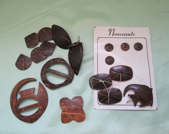 Lot of Hawaiian Coconut Buttons, Buckles, Pin and Earrings