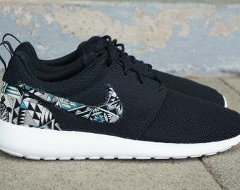 "New Nike Roshe Run Custom Gray Black Green ""Cabo"" Tribal Aztec Edition Mens Shoes Sizes 8 - 15"