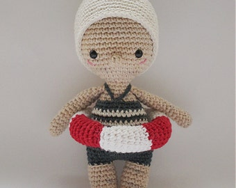 Mini Esther - Crochet Pattern by {Amour Fou}