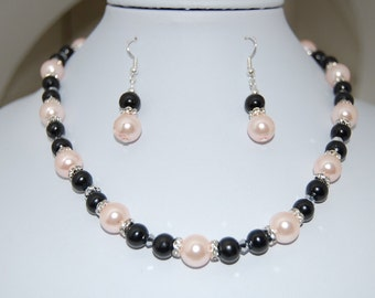 SET Necklace & Earrings, Faux Pearl Beads, Pink and Black, Colorful, Beaded, All Set, Pretty ,Gift for Her