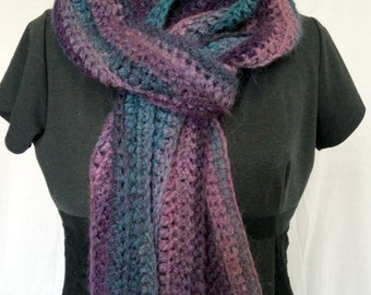 Wool scarf made crocheted