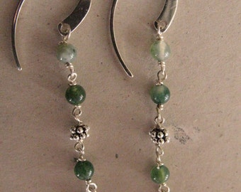 Silver earrings and green Àgata.