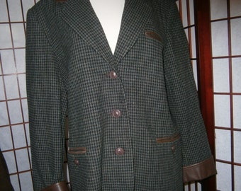 Women's Wool Jacket - Checks with Leather Trim