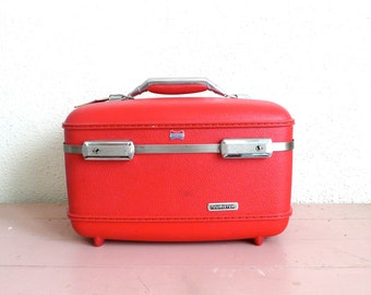 Vintage Red American Tourister Train Case