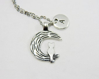 Owl Sitting on the Moon Pendant Necklace, Owl Sitting on the Moon Necklace, Moon Necklace, Moon Pendant, Owl Pendant, Owl Necklace, Bird