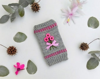 Light Grey Knitted Phone Cover With Pink Flower Buttons, Pouch, Case, iPhone Cover, Knitted Phone Case, Handmade, Woollen, Apple iPhone 5