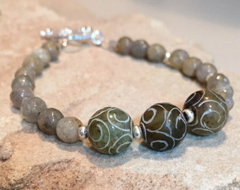Green bracelet, labradorite bracelet, jade bracelet, Hill Tribe silver bracelet, sterling silver bracelet, sundance style bracelet