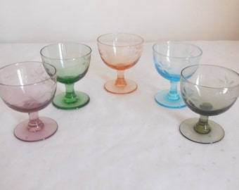 5 Harlequin etched liqueur sherry port glasses with stems vintage 1960s