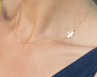 Sale!! Bird necklace
