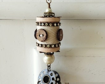 Spool No. 7 - a faux-vintage spool necklace for those who sew!