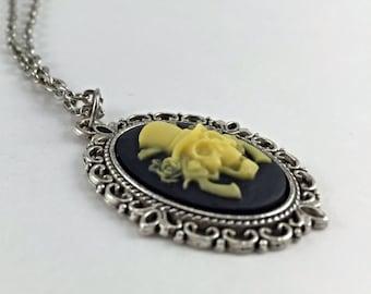 Six Shooter Skull Pendant Necklace