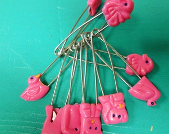 SUPPLY: Set Of  10 Pink  Diaper Safety Pins/ Cloth Diaper Pins/Baby Diaper Pins/Baby Shower Game/Vintage.{D2-118#00327}