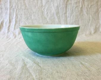 Vintage Teal Green Pyrex 2 1/2 Quart Mixing Bowl 403