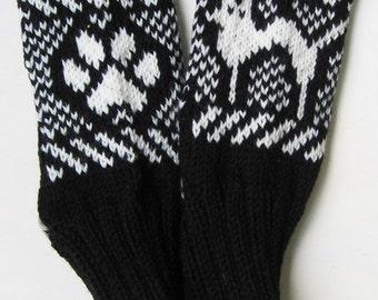 38 - Knitted socks - Paw & Cat pattern