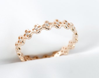 Clovers Eternity Band, Stackable Ring, Rose Gold Ring, Modern Jewelry, Minimalist Ring, Dainty Ring, Clover Ring, Simple Jewlery