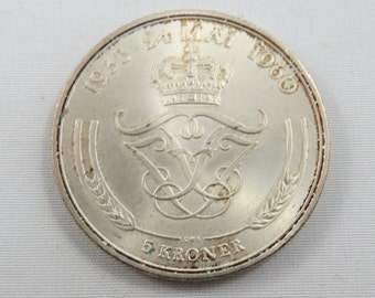 Denmark 1960 Silver 5 Kroner Coin.Subject-Silver Wedding Anniversary.