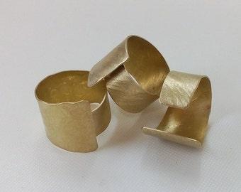 brass round ring, hammered ring