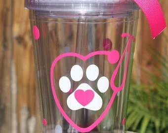 Personalized Vet Tech Tumbler - Customized - Paw Print and Heart - Screw on Lid and Straw - Ribbon Included - Vet Tech Gift - Vet Assistant
