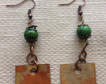 Earrings in copper and gemstone Green