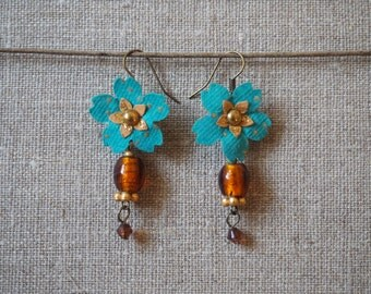 Paper flowers earrings