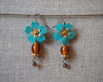 Paper flowers earrings