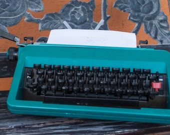 Olivetti studio 45 Functional Typewriter
