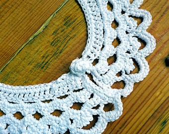 Crochet white lace collar in cotton, handmade Peter Pan collar Edwardian Victorian romantic retro vintage school style READY TO SHIP