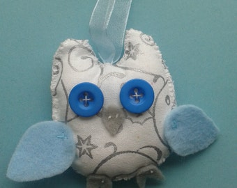 Winter-themed hanging owl
