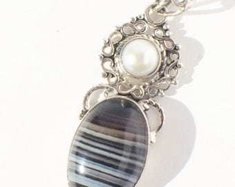 Botswana Agate with Fresh water pearl Pendant