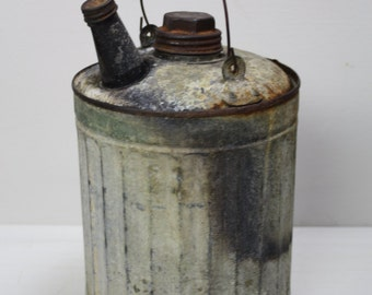 Vintage Gas Can/Small Oil Can/Rustic Metal Can
