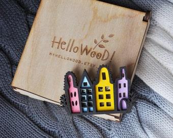 Cute Amsterdam Wooden Brooch in Wooden Box