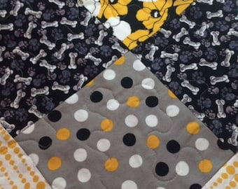 Homemade Iowa Hawkeye Quilt