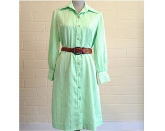 CLEARANCE! Vintage 70s spring green shirtdress - light green / lime green pinstriped long sleeved button-up dress