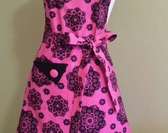 Women's hot pink and black cooking, baking or hostess apron